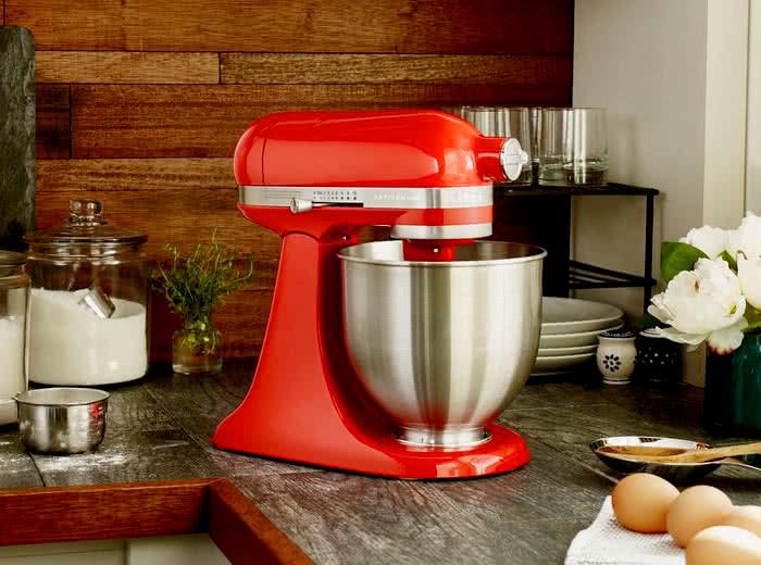 25eb7acec Batedeira Stand Mixer Artisan - Empire Red - KitchenAid